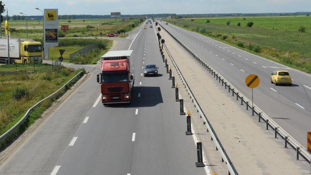 Uite autostrada, nu e autostrada. E drum expres. #1